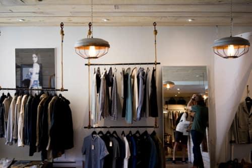 Cómo ser vendedor de ropa