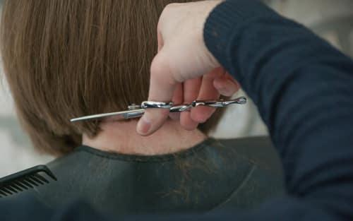 Diferencias entre peluquero, barbero y estilista